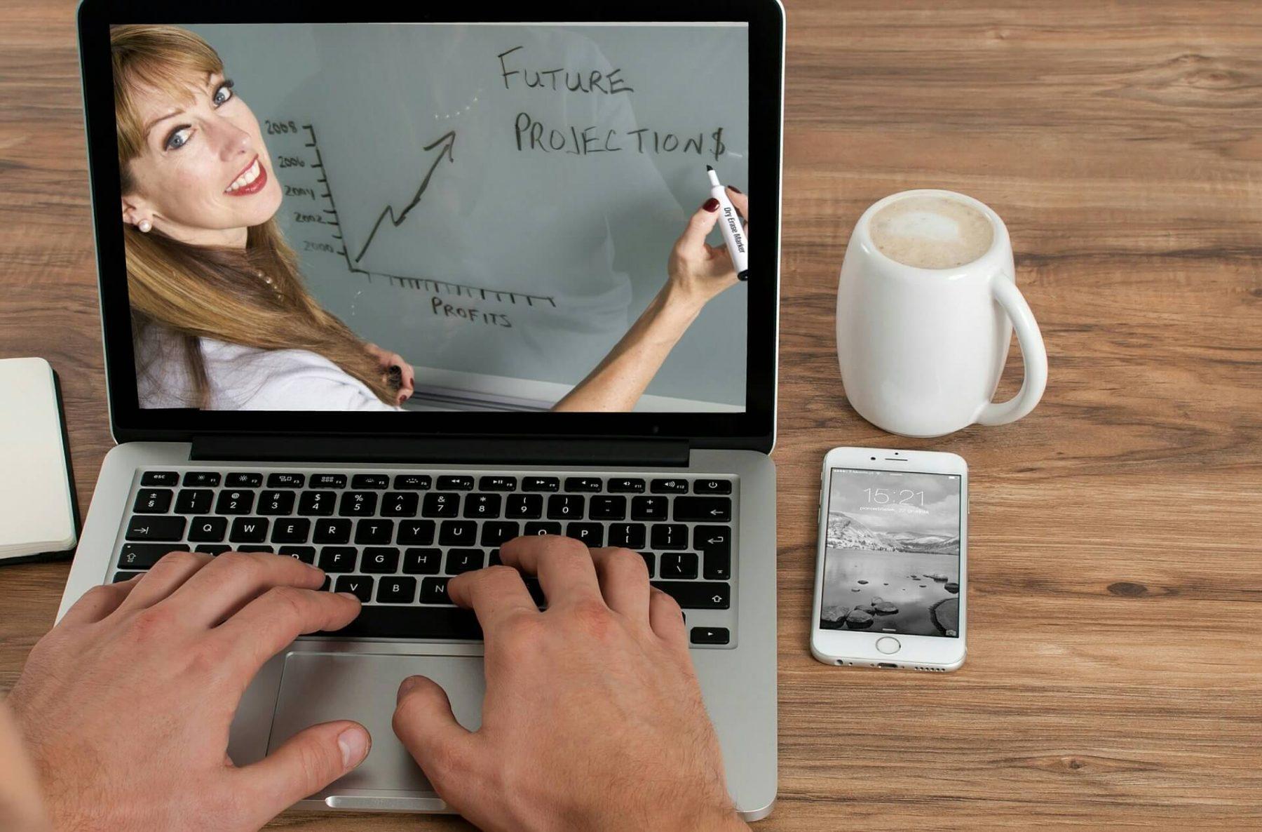 Mở khoá học online