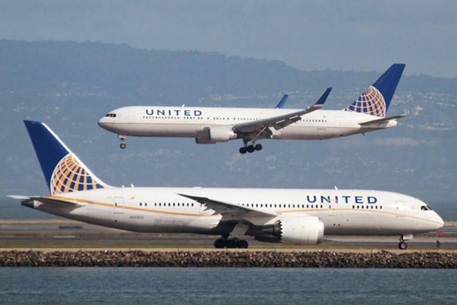 Nên lựa chọn hãng hàng không nào?
