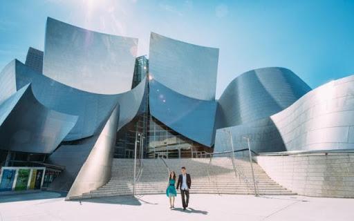 Walt Disney Concert Hall là một địa điểm không thể bỏ qua khi đến California