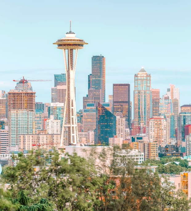 Tòa tháp Space Needle - Biểu tượng của thành phố Seattle.