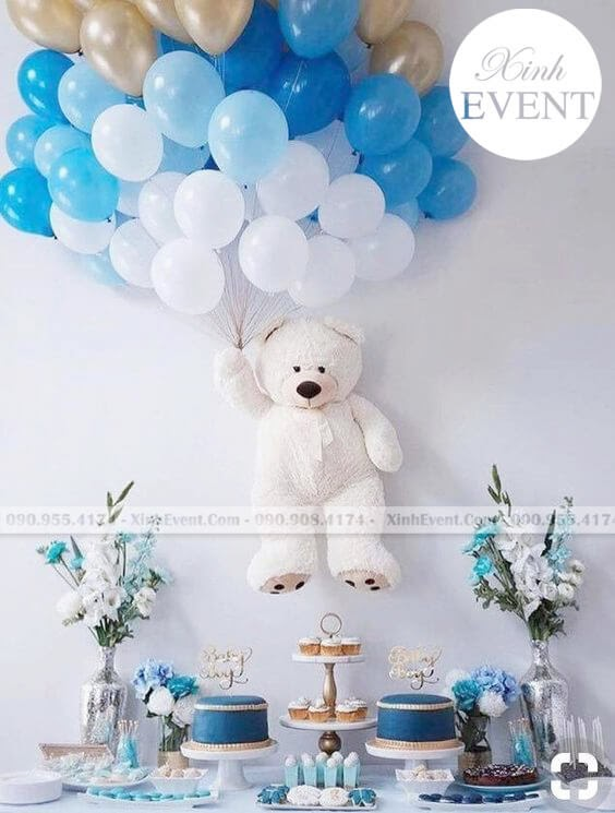 Bóng bay sinh nhật cùng bàn quà gấu teddy XV102