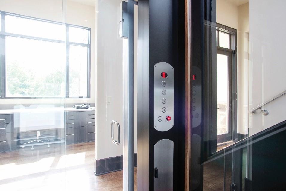 Lý do vì sao nên lắp đặt thang máy gia đình?