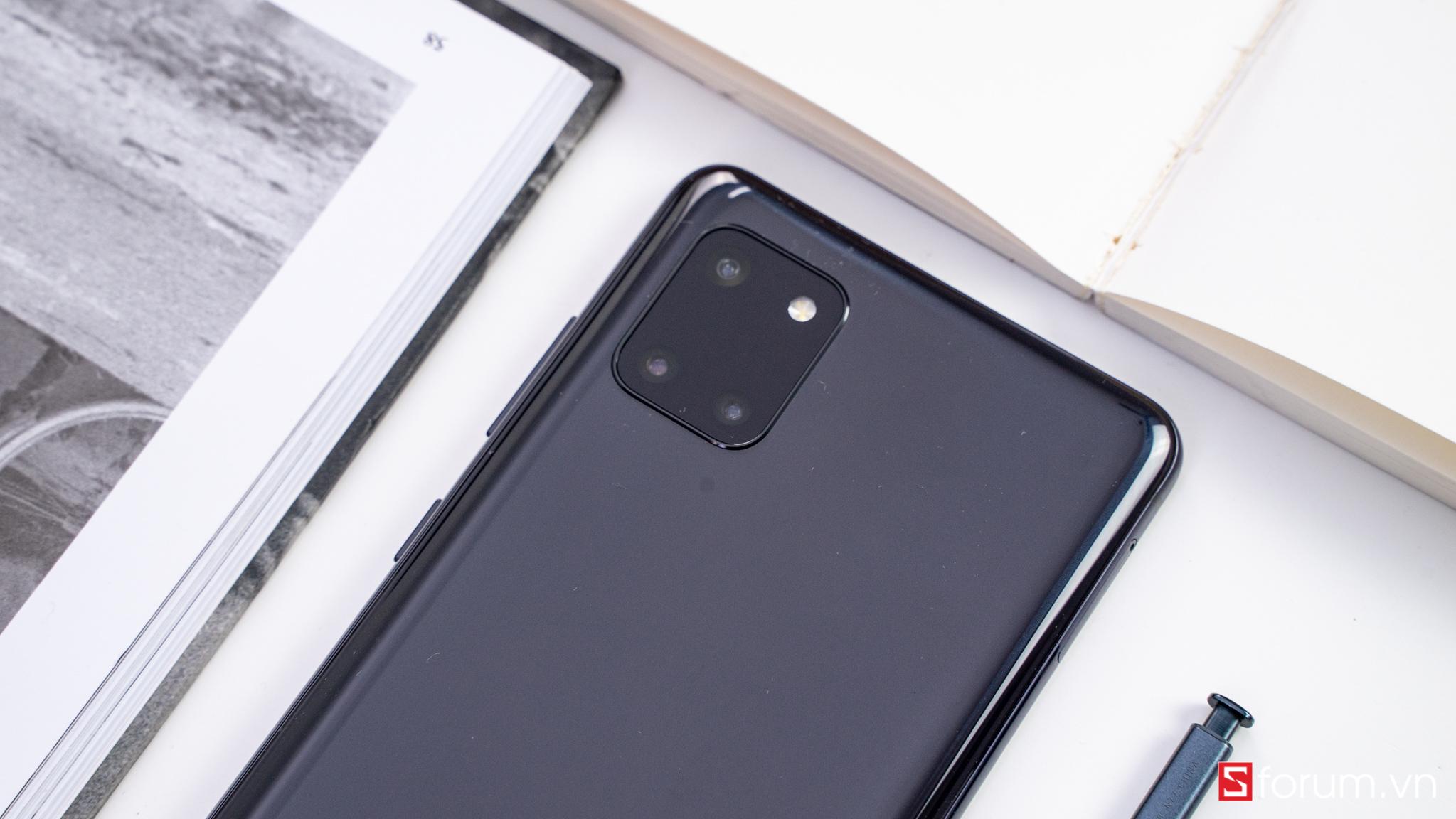 Sforum - Trang thông tin công nghệ mới nhất Galaxy-Note-10-lite-03697 Đánh giá Galaxy Note 10 Lite: Tầm giá 13 triệu Note 10 bản