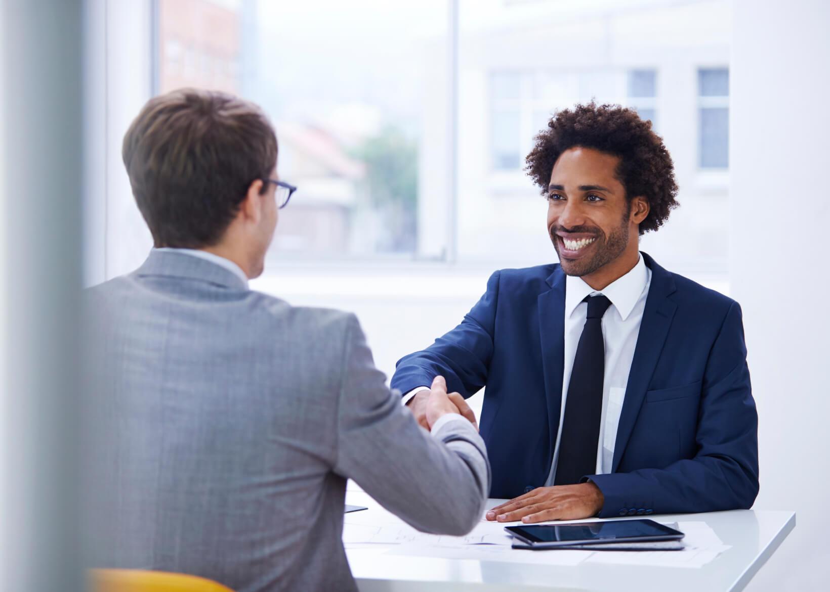 Đi tìm lời giải cho bài toán: làm sao để chọn được nhân viên kinh doanh  giỏi?