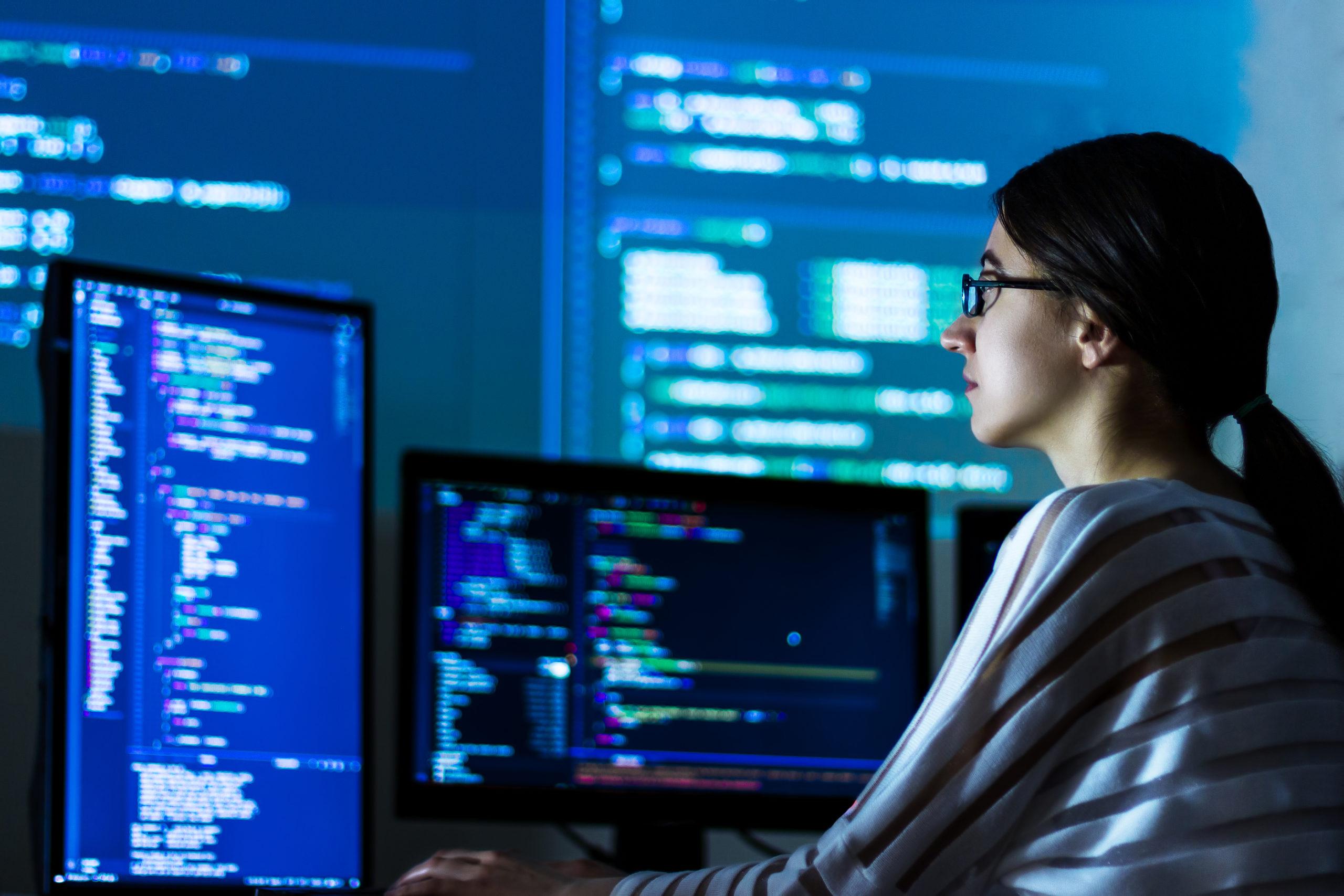 Khái niệm Software Engineer bạn cần biết