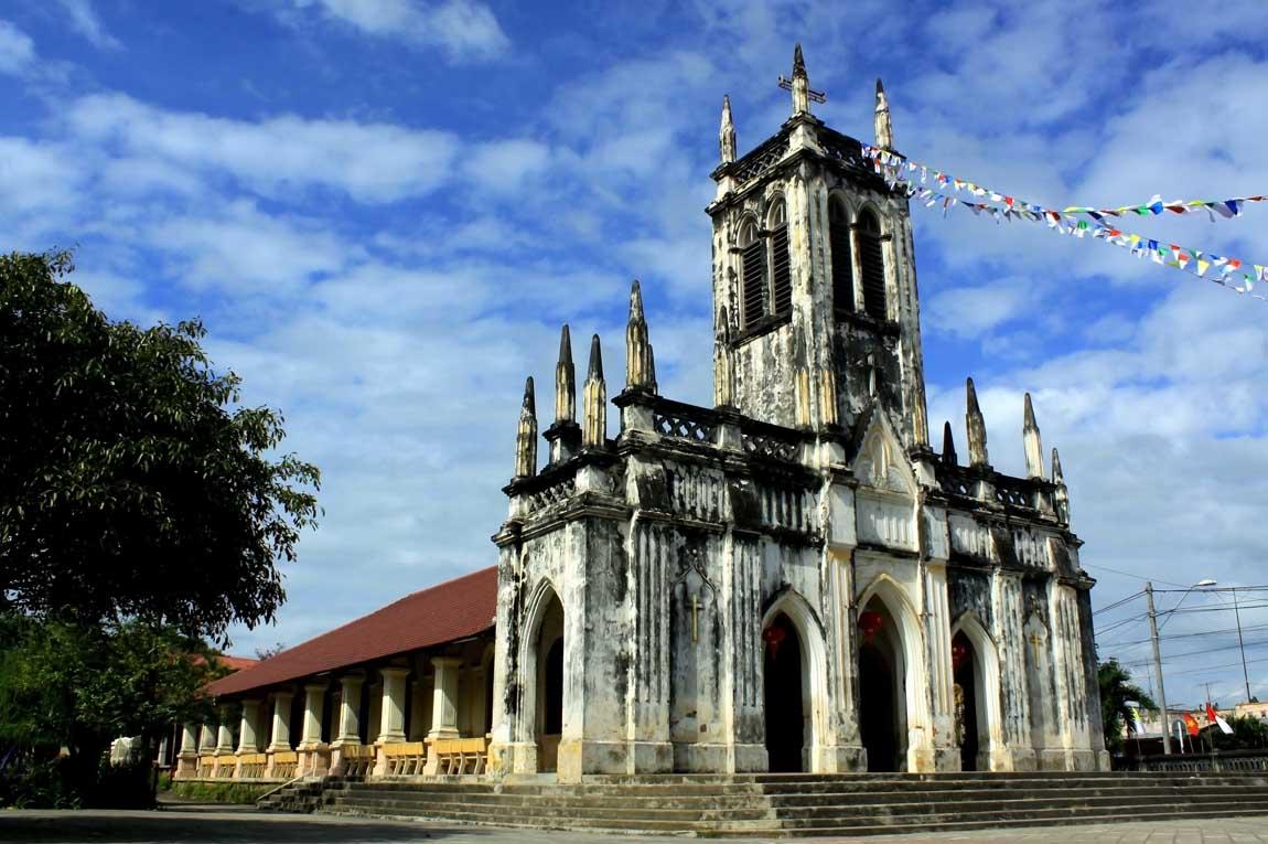Nhà Thờ Hà Dừa Diên Khánh - Khánh Hòa