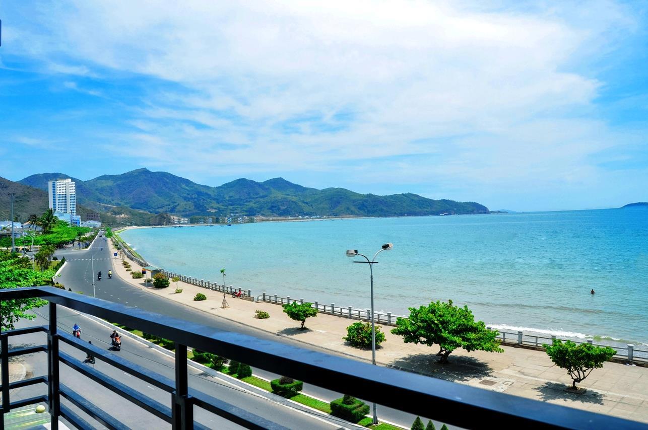 Khám phá Bãi Tiên tuyệt đẹp ở Nha Trang   VIETRAVEL